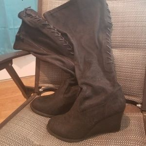Torrid lace up boots. Wide calf size 9w